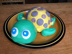Schildkröten-Torte©Grundschule Nendorf
